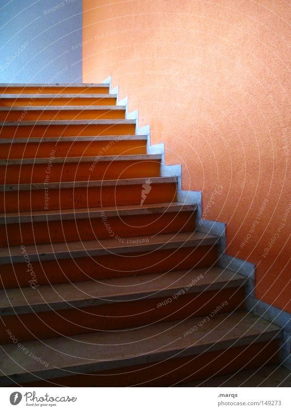 Aufstieg blau Haus dunkel oben Gebäude hell orange Architektur elegant Erfolg hoch verrückt Treppe Wachstum Sauberkeit Häusliches Leben