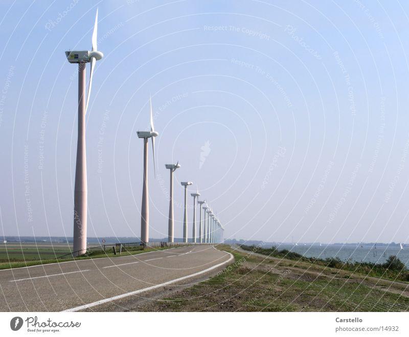 Alternative Energien Windkraftanlage Niederlande Meer Elektrizität Sommer Entertainment Energiewirtschaft Dynamische Optik
