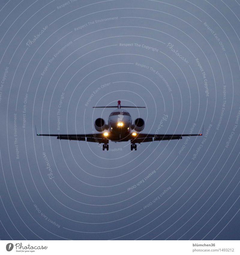 frontal Himmel Ferien & Urlaub & Reisen Ferne Freiheit fliegen Tourismus Luftverkehr Geschwindigkeit Flugzeug Abenteuer Flugzeugstart Fernweh Abheben