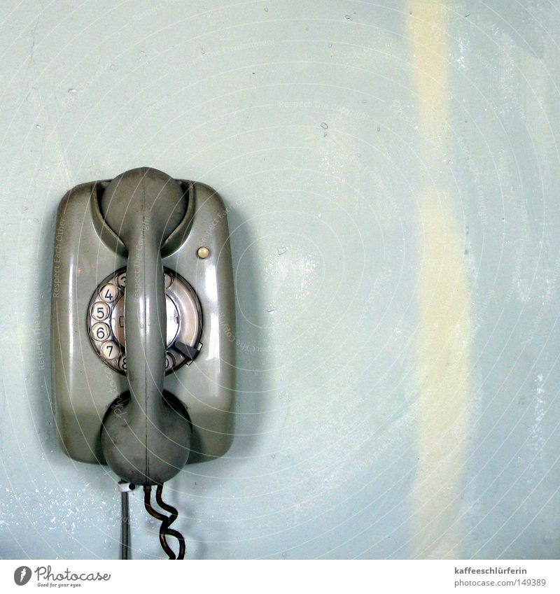 Analog blau Wand grau Telefon Kabel Telekommunikation Telefonhörer Wählscheibe Wandtelefon