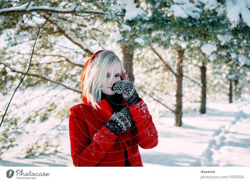 Erholung Freude Winter Wärme Leben Gefühle Schnee feminin Stil Spielen Lifestyle Freiheit Mode Stimmung Design wild