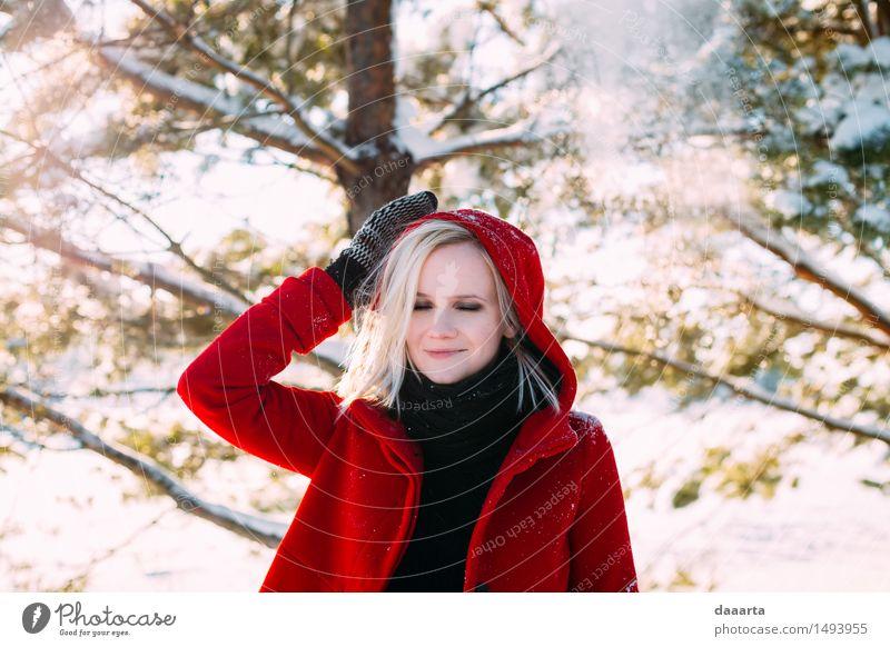 Tagträumen im Winter Jugendliche Junge Frau Erholung Freude Wärme Leben Schnee feminin Stil Spielen Lifestyle Freiheit wild Freizeit & Hobby elegant