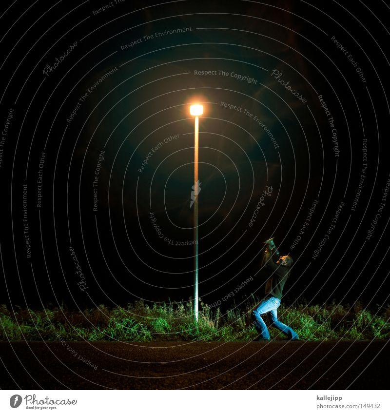 lied der wölfe Mann Mensch Laterne Markt Handel sprechen Konzert springen Megaphon Schall laut Marketing Lautstärke Warnhinweis Warnung Hinweisschild Werbung