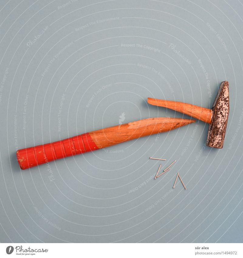 SiGeKo blau Holz Metall Arbeit & Erwerbstätigkeit Kraft kaputt Baustelle Wut Gewalt Handwerk Konflikt & Streit Werkzeug Aggression Zerstörung Handwerker