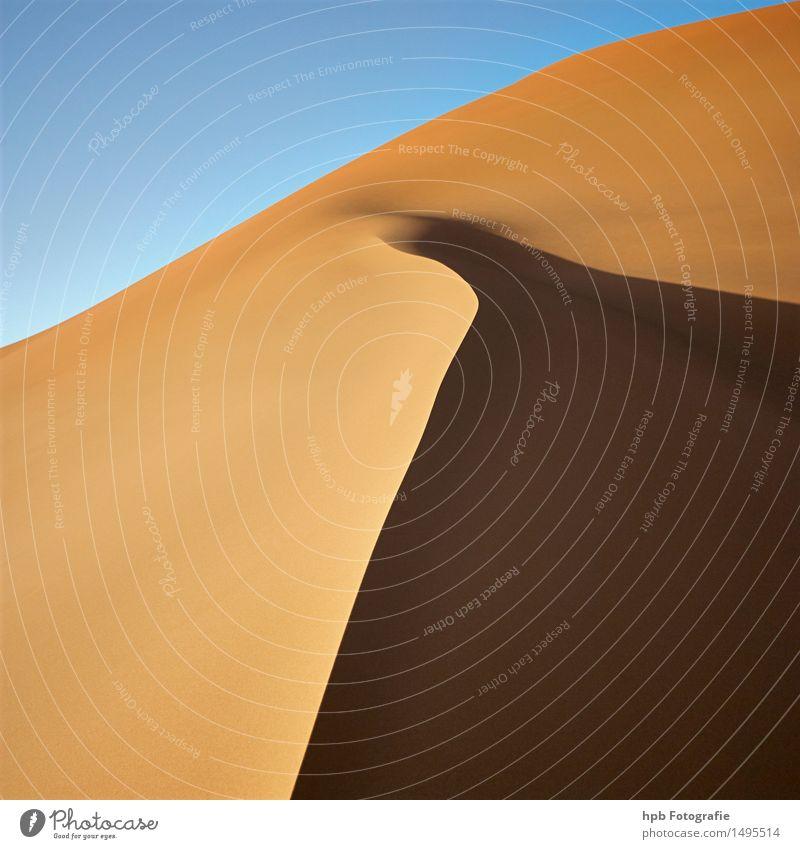 Dünengrat Natur Ferien & Urlaub & Reisen blau schön Sommer Sonne Landschaft Ferne gelb Freiheit braun Sand Tourismus Abenteuer Hoffnung Glaube