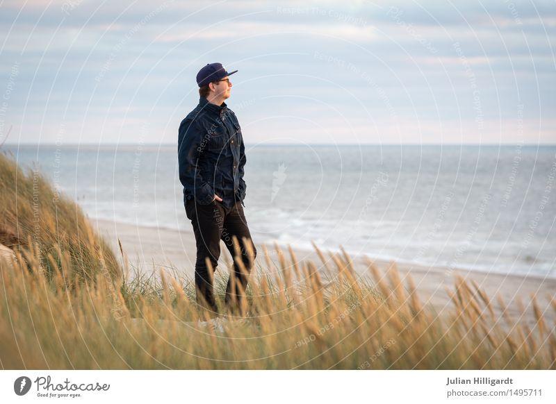 Aussicht auf den Düne Mensch Ferien & Urlaub & Reisen Jugendliche Meer Junger Mann Erholung Strand 18-30 Jahre Erwachsene Gefühle Glück Business Denken Stimmung