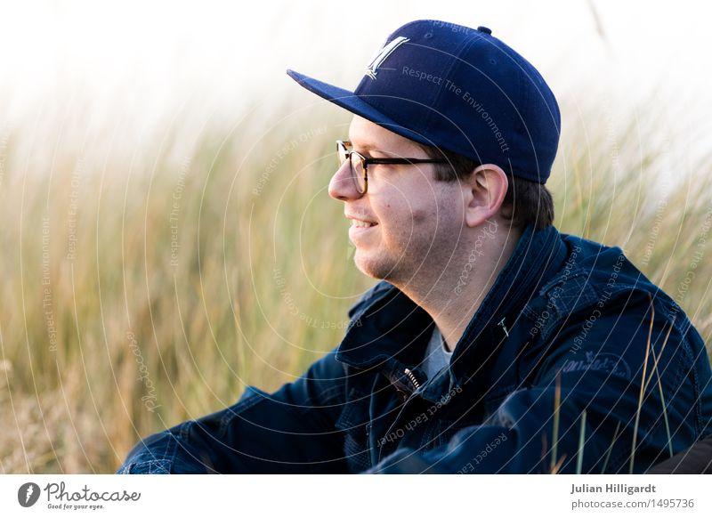 w8 Lifestyle elegant Stil Ferien & Urlaub & Reisen Sommer Strand Meer Mensch maskulin Junger Mann Jugendliche 1 18-30 Jahre Erwachsene Gras Sträucher beobachten