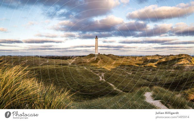 Leuchtturm Umwelt wild Düne Natur wie Tiefebene Urlaubsort Nordsee Erholung frei Farbfoto Außenaufnahme Menschenleer Abend