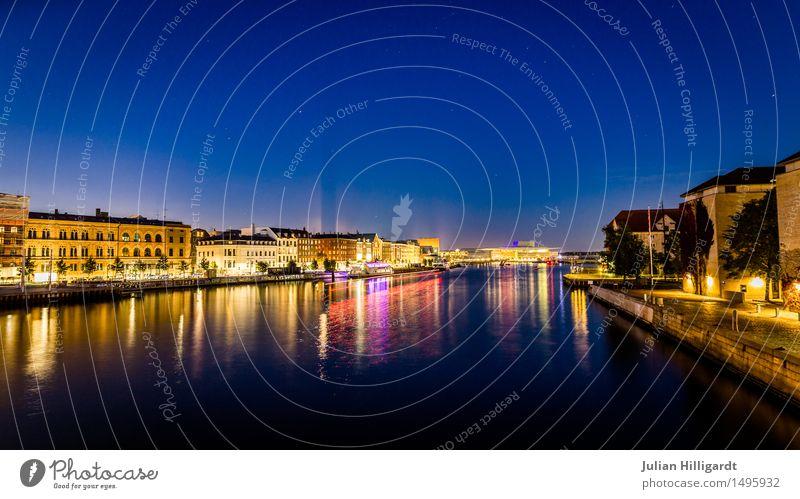 blau Stadt Brücke Freude Glück Fluss Lichterscheinung glänzend Feste & Feiern Abend Langzeitbelichtung Energie Farbfoto Außenaufnahme Menschenleer
