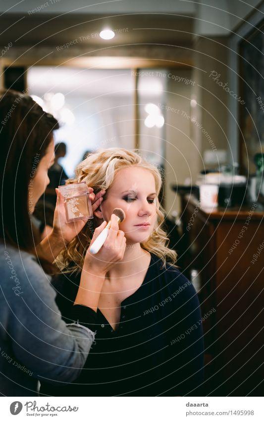Das Gesicht hinzufügen Lifestyle elegant Stil Freude schön Haare & Frisuren Kosmetik Schminke Leben harmonisch Erholung Freizeit & Hobby Spielen Abenteuer