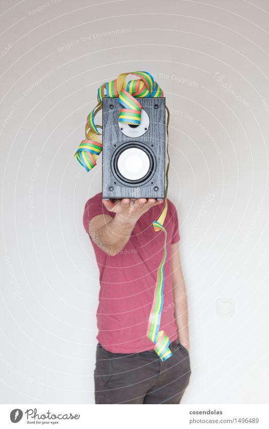 Party Lifestyle Spielen Mensch maskulin Junger Mann Jugendliche Erwachsene Musik Musik hören Radio Feste & Feiern Stimmung Freude Leidenschaft bass Techno