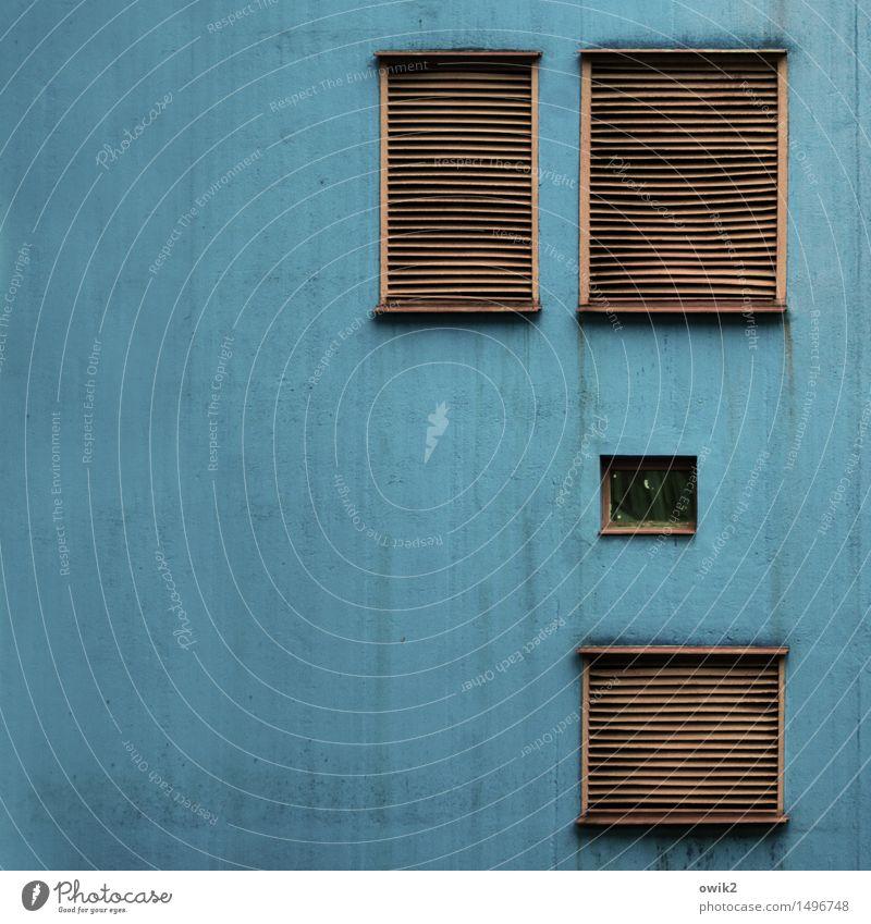 Vier Ecke Technik & Technologie Belüftungsfenster Klimaanlage Lamellenjalousie geschlossen eng Haus Bauwerk Gebäude Mauer Wand Fassade Fenster Metall Kunststoff