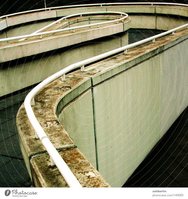 Formel 1 Wege & Pfade Beton Treppe Brücke Geländer Treppengeländer Brückengeländer Ablehnung Übergang Gangway Garage aufgehen Tiefgarage Fußgängerübergang