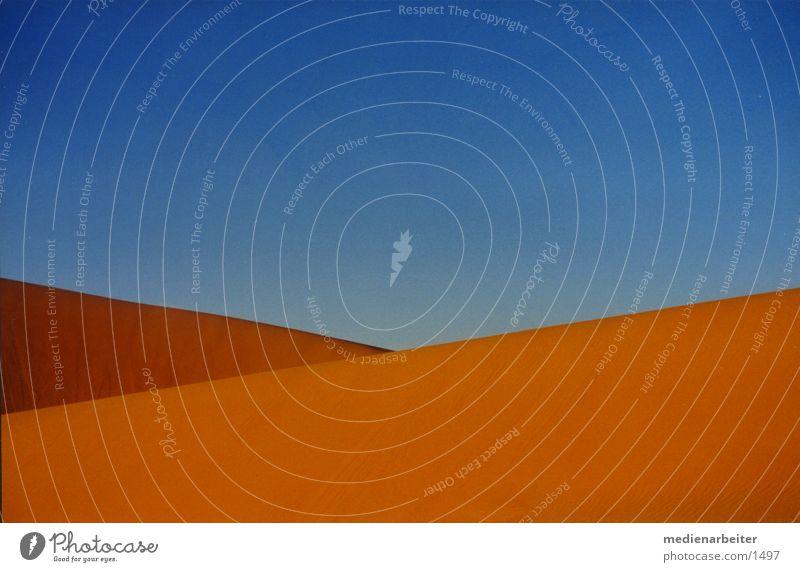 Wüste Himmel blau gelb Sand Wüste Marokko Sahara