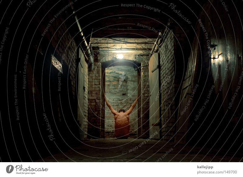 körperzelle Mensch Mann Tod dunkel kalt nackt Religion & Glaube Mauer Traurigkeit Raum Körper dreckig sitzen Haut Macht Backstein