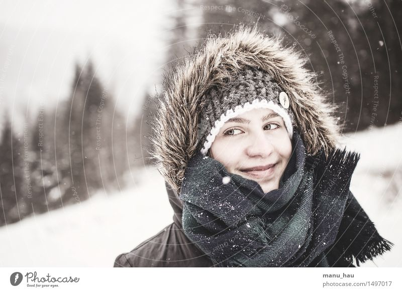 ColdbutWarm Mensch Natur Ferien & Urlaub & Reisen Jugendliche schön Junge Frau Freude Winter 18-30 Jahre Gesicht kalt Erwachsene Schnee feminin Glück träumen