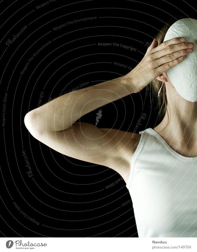 nein nein nein Mensch Frau Jugendliche weiß Erwachsene Kopf Angst Arme 18-30 Jahre Junge Frau Maske Wut Brust Theaterschauspiel skurril verstecken