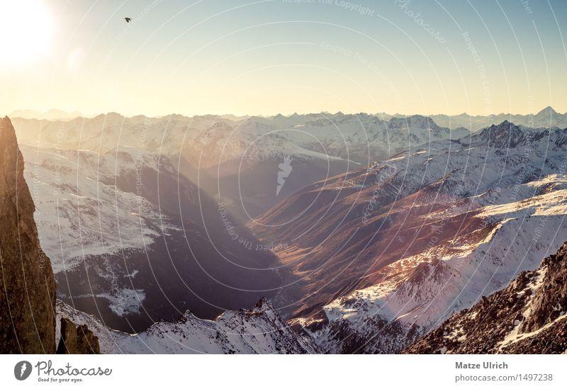 Bergschatten Umwelt Natur Himmel Wolkenloser Himmel Sonne Sonnenaufgang Sonnenuntergang Sonnenlicht Winter Schönes Wetter Schnee Hügel Felsen Alpen