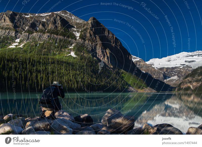 Lake Louise Ferien & Urlaub & Reisen Tourismus Abenteuer Berge u. Gebirge wandern Mann Erwachsene 1 Mensch 30-45 Jahre Natur Landschaft Wald Rocky Mountains