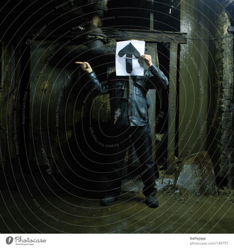 a view to a kill Mann Mensch Keller Heizkörper Pfeil Pfeile Orientierung Navigation Wegweiser Wegekreuz Richtung Symbole & Metaphern gestikulieren Zeichen oben