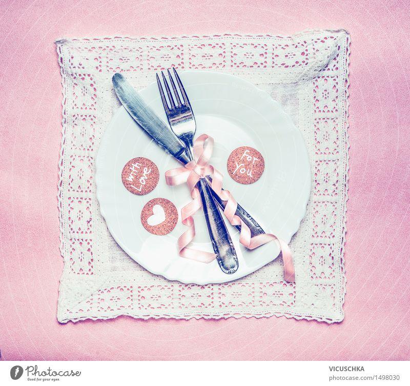 Tisch Gedeck für romantisches Abendessen Haus Freude Speise Liebe Innenarchitektur Stil Lifestyle Party rosa Design Dekoration & Verzierung Geburtstag