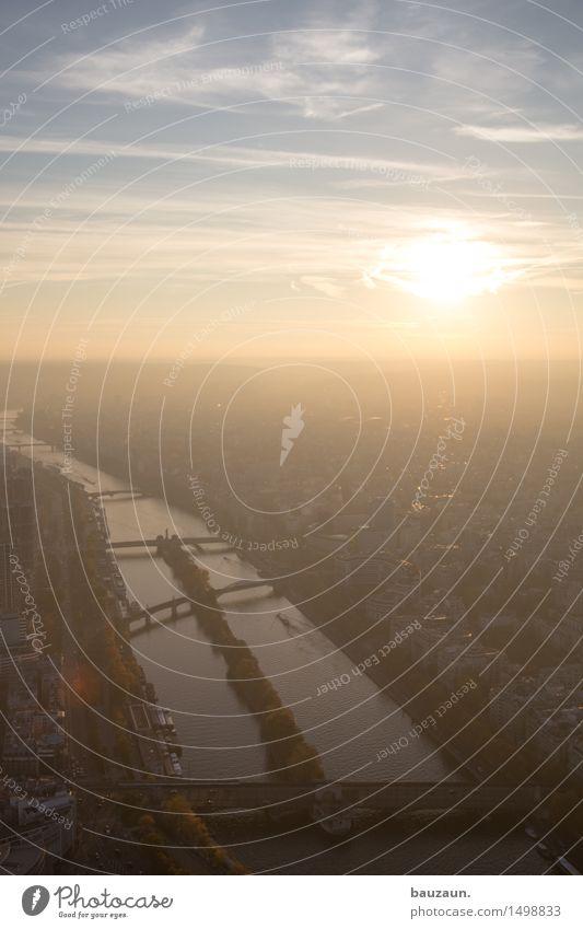 sonne. Ferien & Urlaub & Reisen Tourismus Ausflug Ferne Städtereise Sommer Himmel Sonne Sonnenaufgang Sonnenuntergang Klima Wetter Schönes Wetter Paris