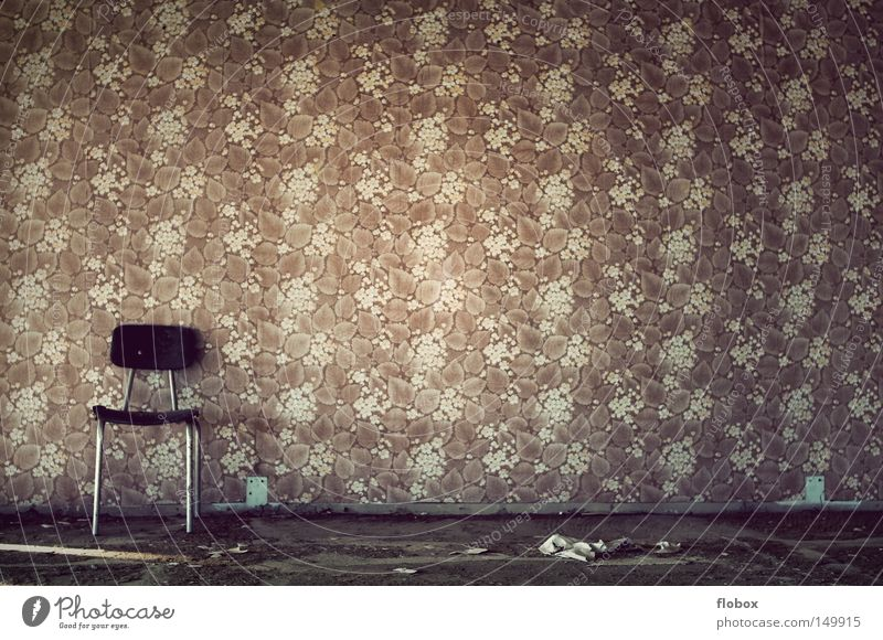 Totschick alt Einsamkeit Haus Raum Herbst Wärme Gebäude Beleuchtung Platz Papier leer retro Stuhl Romantik Fabrik verfallen