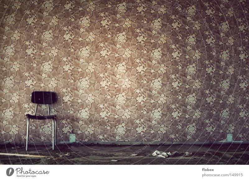 Totschick Tapete Wandverkleidung Papier Fototapete DDR Sechziger Jahre Siebziger Jahre Achtziger Jahre old-school retro Muster hässlich Sitzgelegenheit
