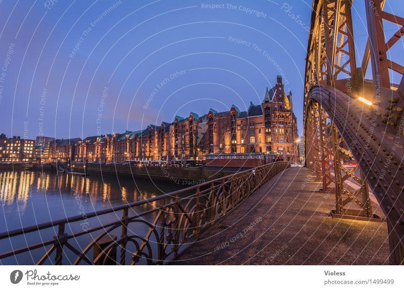 Über diese Brücke..... Brooksfleet Hamburg Alte Speicherstadt Hafen Nacht Langzeitbelichtung Licht Altstadt Kehrwieder Zollkanal