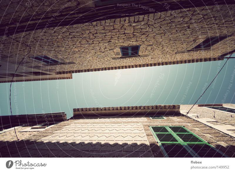Himmelsblick Mallorca Spanien Stadt Kleinstadt Ferien & Urlaub & Reisen Dorf Sommer Schönes Wetter Haus heiß Wärme Siesta ruhig Erholung Langeweile