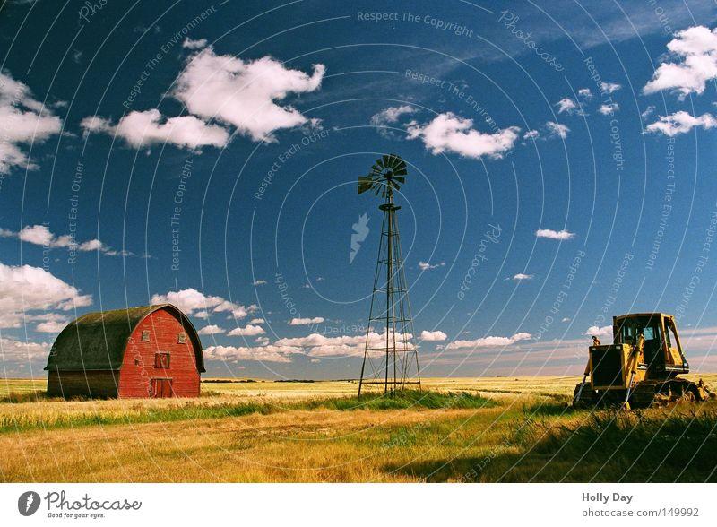 EINHUNDERT :-) Himmel blau rot Ferien & Urlaub & Reisen Wolken Ferne gelb Wege & Pfade Feld verfallen Bauernhof Landwirtschaft Fußweg Ernte Amerika Mühle
