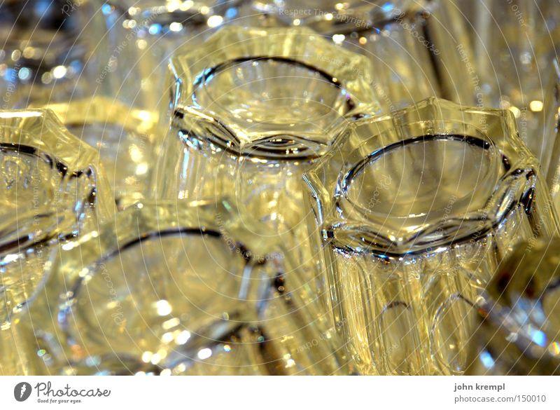 i'm looking through you Glas Gastronomie Bar Club Café durchsichtig Saft Whiskey Cognac Alkohol weiß grau gelb barfly Gin