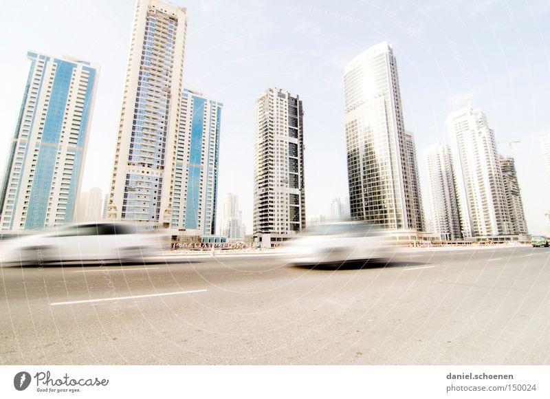 Metropolis Stadt Straße Bewegung PKW Wohnung Hochhaus Verkehr KFZ Wachstum Häusliches Leben Skyline Verkehrswege Vereinigte Arabische Emirate Dubai Arabien