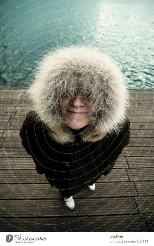 eskima Frau Freude Küste lustig Dame Steg Kapuze Spree