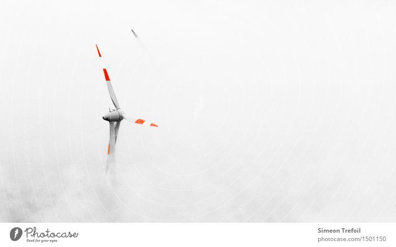 Energie aus dem Nichts weiß Berge u. Gebirge Umwelt Nebel Energiewirtschaft modern Wind Zukunft Klima Windkraftanlage Umweltschutz Mobilität nachhaltig drehen