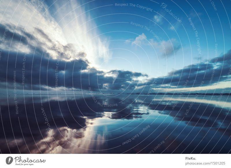 Wolken über der Nordsee Ferien & Urlaub & Reisen Ausflug Ferne Freiheit Strand Meer Wellen Umwelt Natur Landschaft Urelemente Luft Wasser Sonnenaufgang