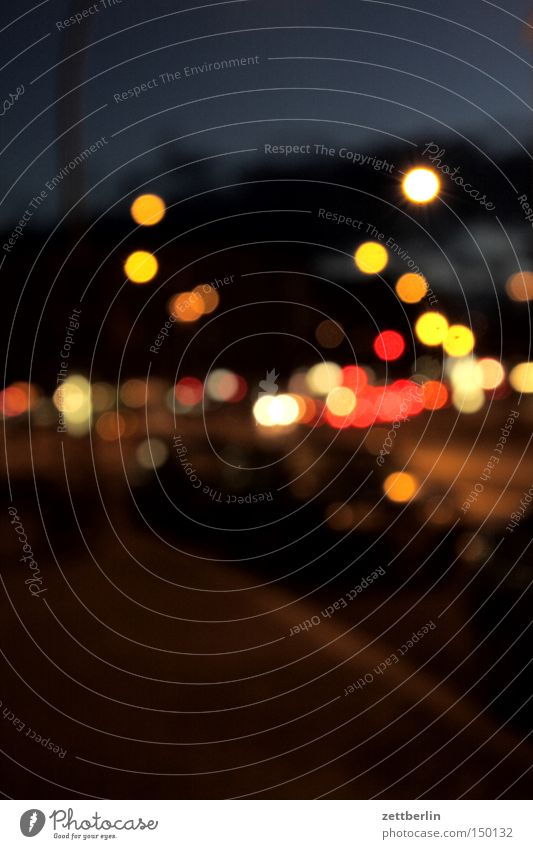 Kleistpark Licht Stimmung Lichtstimmung Unschärfe Lichtpunkt Illumination erleuchten Abend Nacht Abendessen Dämmerung Optiker Verkehrswege Langzeitbelichtung