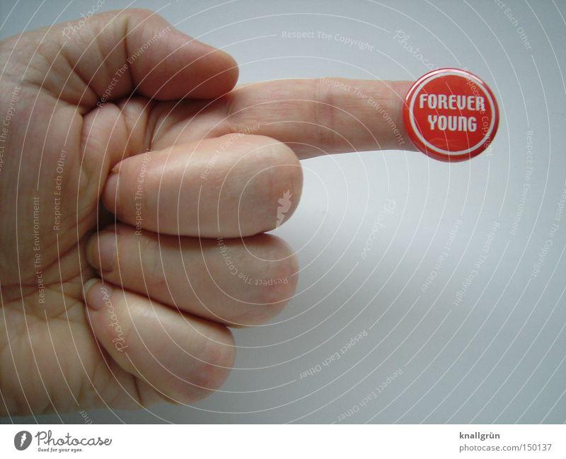 Oh, no...! Hand weiß rot planen Finger rund Schriftzeichen Buchstaben Vergänglichkeit Wunsch obskur Idee Mensch Wunschvorstellung Anstecker Redewendung
