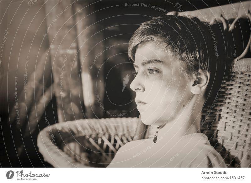 Country-Porträt III Lifestyle Stil Design schön Sinnesorgane Erholung ruhig Dachboden Mensch maskulin Junger Mann Jugendliche Kopf 1 13-18 Jahre sitzen