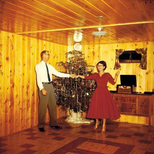 Christmas fun Freude Glück harmonisch Party Veranstaltung Tanzen Paar Liebe Zusammensein Vertrauen Verliebtheit Partnerschaft skurril Weihnachtsbaum Referenz