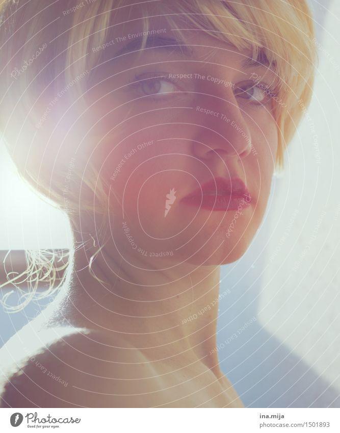 _ Mensch feminin Junge Frau Jugendliche Erwachsene Leben Haare & Frisuren Gesicht 1 18-30 Jahre 30-45 Jahre blond kurzhaarig Perücke Pony ästhetisch schön