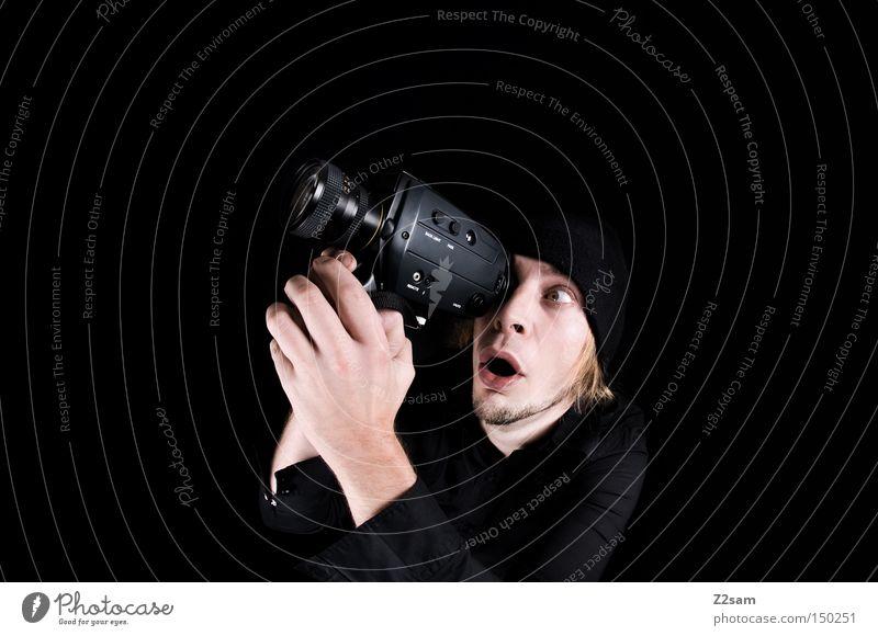 BOAR! Mann Hand alt schwarz retro Fotokamera Medien festhalten Videokamera erstaunt Brennpunkt Fischauge