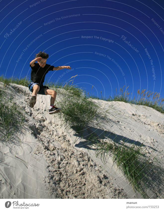 Freudensprung blau Sommer Freude Spielen Bewegung Glück springen Gesundheit Freizeit & Hobby Aktion Stranddüne Fitness Lebensfreude Wohlgefühl