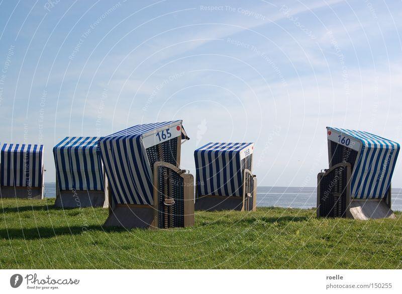 Norderneyer Strandkörbe Meer Strand Ferien & Urlaub & Reisen ruhig Erholung Küste Insel Strandkorb Korb Norderney blau-weiß