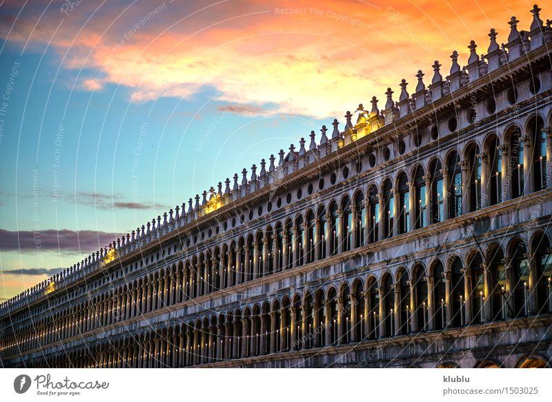 Italien, Venedig, Dämmerung an San Marco Square schön Ferien & Urlaub & Reisen Tourismus Meer Haus Himmel Stadt Kirche Palast Brücke Gebäude Architektur Fassade
