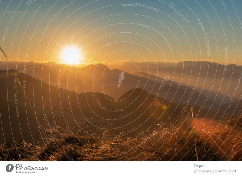 unsere sonne:) Natur Landschaft Sonnenaufgang Sonnenuntergang Sonnenlicht Hügel Felsen Alpen Berge u. Gebirge blau gelb orange harmonisch Glück beruhigend