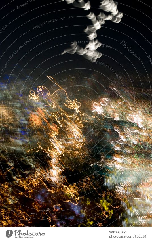 Mond über Stuttgart Nacht mehrfarbig Licht Alkohol Bewusstseinsstörung Rauschmittel Hintergrundbild Linie Nachthimmel abstrakt Langzeitbelichtung Unschärfe