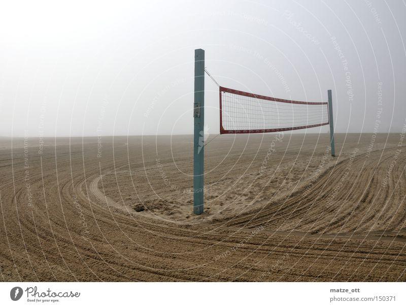 fog on the beach Strand Nebel Volleyball Netz Volleyballnetz Sand Wolken Sport Spielen Los Angeles Küste Fog Perspektive