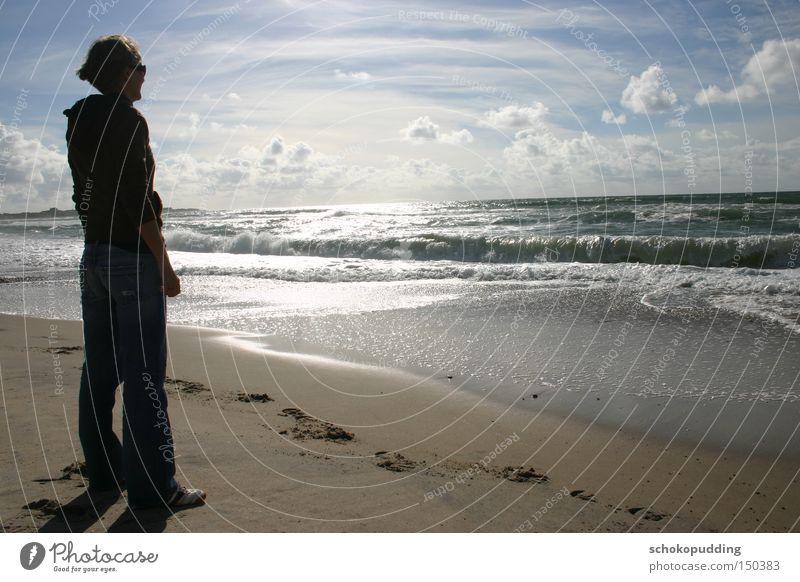 Allein mit den Wellen Meer Wasser träumen Sand Sonne Nordsee Dänemark Brandung Wolken Denken Strand Küste