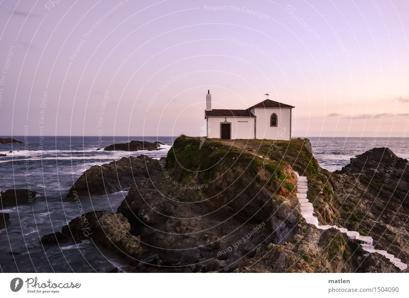 la capilla Natur Landschaft Wasser Himmel Wolkenloser Himmel Horizont Sonnenaufgang Sonnenuntergang Wetter Schönes Wetter Felsen Wellen Küste Meer Menschenleer